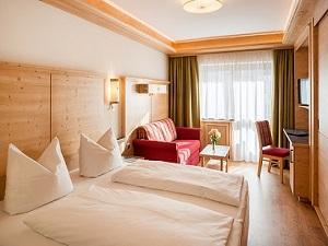 Produkte - Tischlerei Müller - Tischlerei Tirol - Hotelzimmer Hotel Tyrol