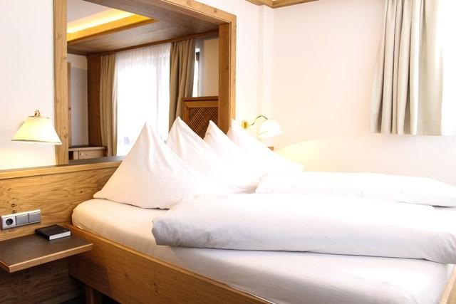 Produkte - Tischlerei Müller - Tischlerei Tirol - Hotel Tyrol Suiten