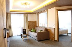 Produkte - Tischlerei Müller - Tischlerei Tirol - Suiten - Hotel Tyrol