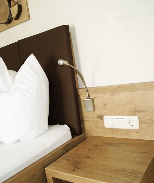 Produkte - Tischlerei Müller - Tischlerei Tirol - Hotel Garni Röck - Hotelzimmer